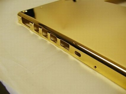 gold-plated-macbook-pro3_48.jpg