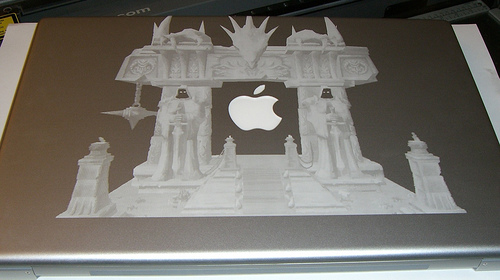 Amazingly detailed Macbook Pro laser etching