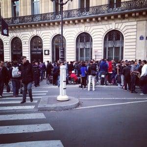 iphone 5s 5c lines apple stores opera paris france