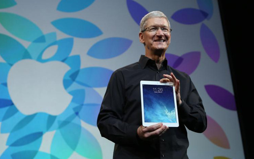 tim cook ipad air