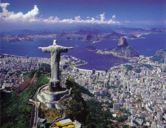 Rio-de-Janeiro-statue-640x495
