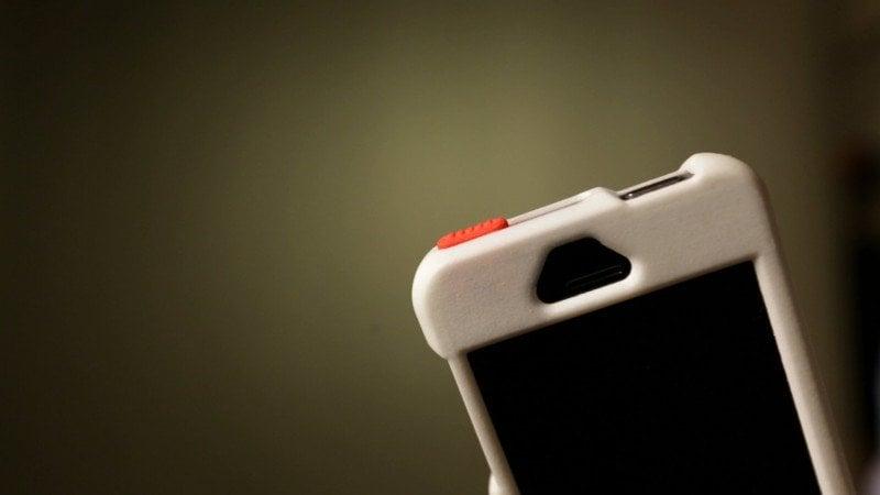 cheaper 597b7 a2259 Hate a Dirty iPhone Camera? Get an EyePatch Case!