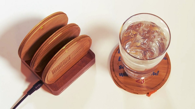 portable charger coaster
