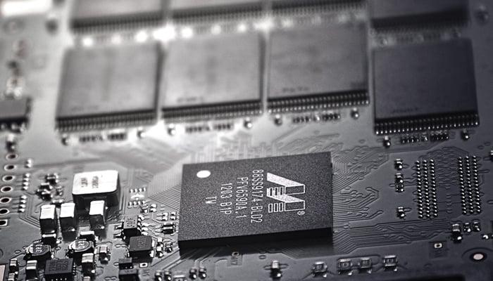 MacBook soldered SSD