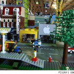 IMAGE: An Apple Store opens up in LEGO Land