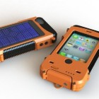 Kickstarter: AQUA TEK S iPhone 4/s case is waterproof, ruggedized, solar charger all in one!