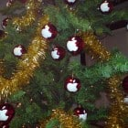 apple-christmas-trees-red-balls
