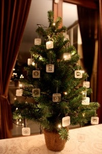 apple-christmas-trees-tiny-icons