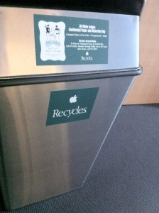 Apple Recycles
