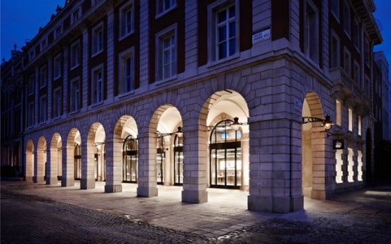 Apple Store: Covent Garden
