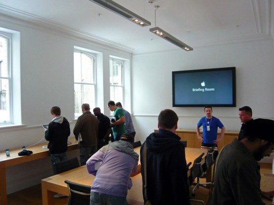 Apple Store Briefing Room - in Covent Garden Store, London