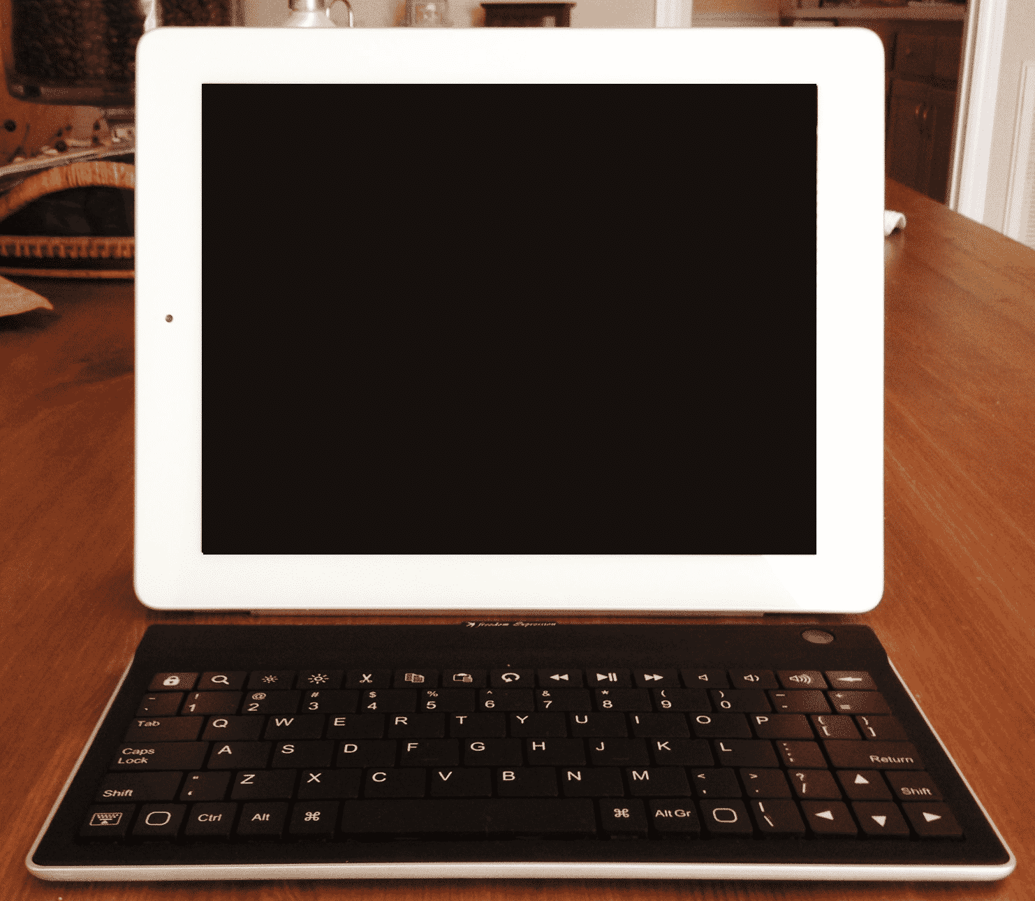 Freedom Expression Keyboard with 10-inch iPad