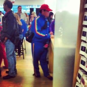 people-of-apple-stores-gangnam