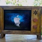 retro-tv-ipad-stand
