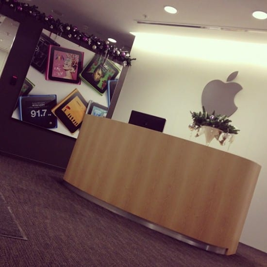 Apple Russia - Moscow [Image credit]
